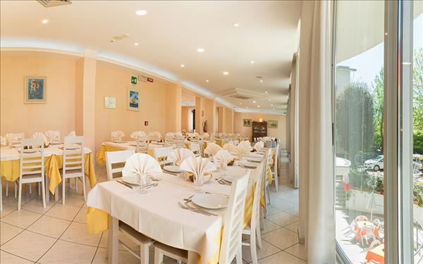 2-Sterne-Hotel in Rimini - Rimini Hotel Cà D\'oro